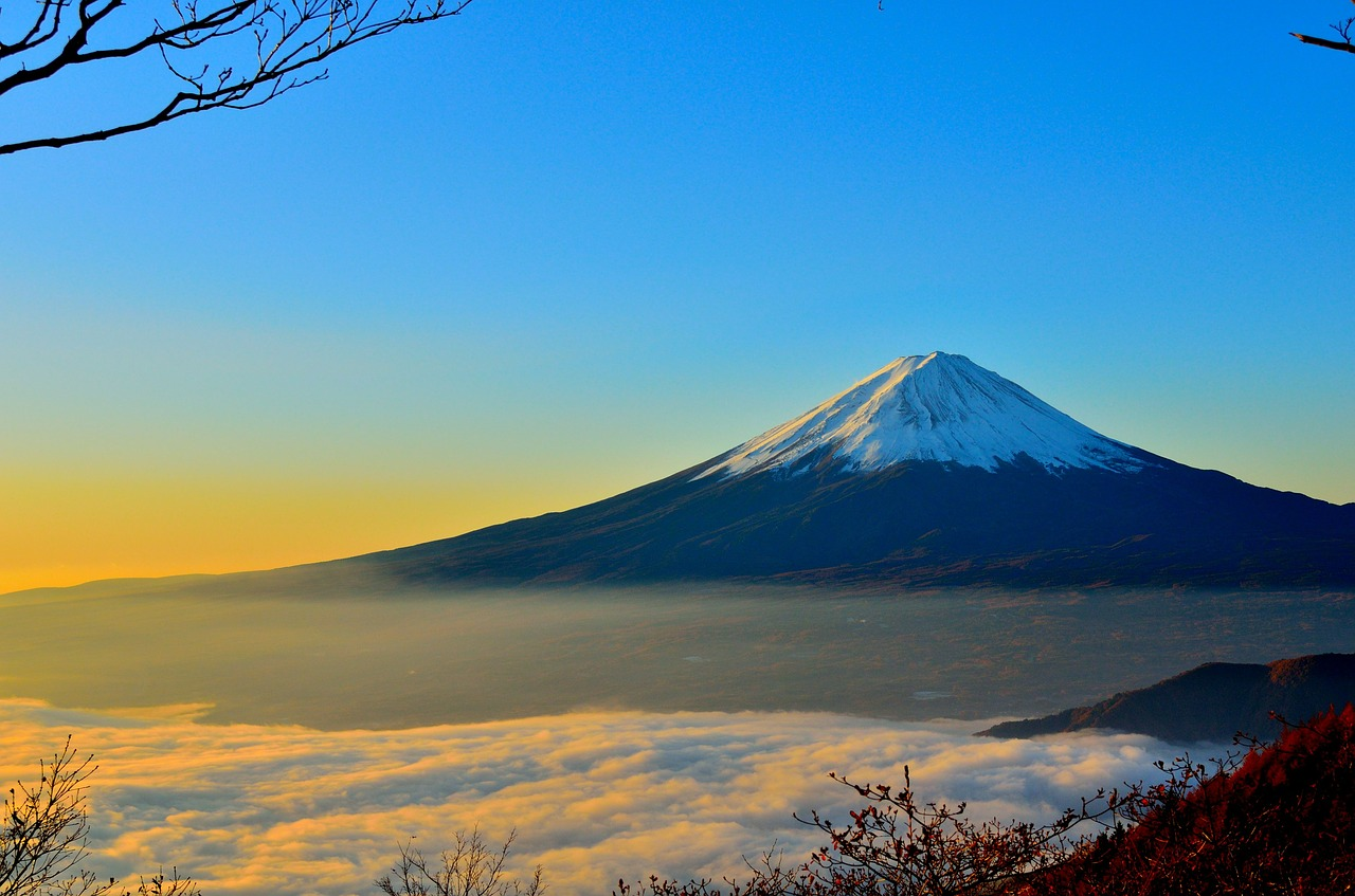Japan, Fuji, Singles Holidays, Solo Travel, Singles Vacations (Image: kimura2, Pixabay)