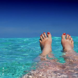 Maldives, Toes, Water, Sea, Swimming, Traveller, Solo Traveller, Woman, Solo Travelling Woman
